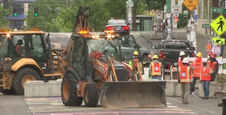 """Seattle Mayor Moves to Phase Down """"Capitol Hill Autonomous Zone"""" After Shootings"""