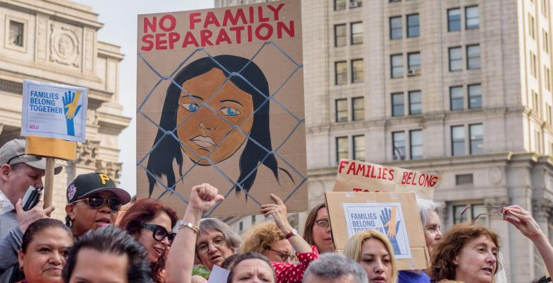 New Senate Bill Would 'Solve' Family Separation By Detaining Them Together