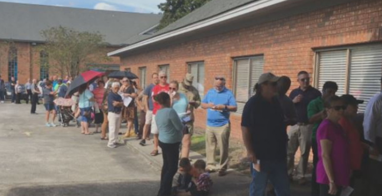 """Amid Hourslong Lines, Democrats Say Georgia's Election """"Catastrophe"""" Was """"By Design"""""""