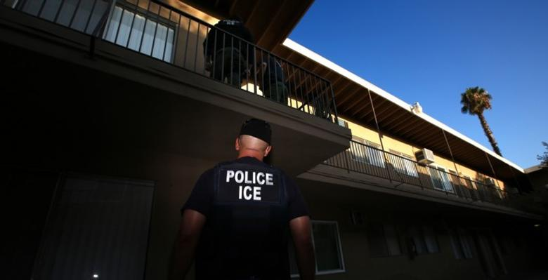 ICE Handbook Teaches Officers How To Avoid The Constitution