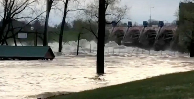 Thousands Evacuated Amid Heavy Flooding After Michigan Dams Burst