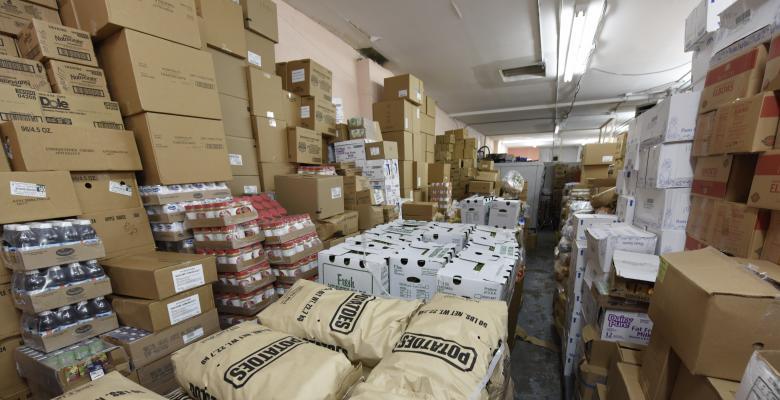 Unpaid FBI Employees Relying on Food Banks as Shutdown Enters 5th Week