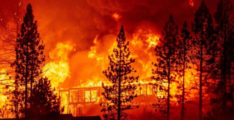Oregon Officials Implore People to Stop Spreading Rumors About Activists Starting Wildfires