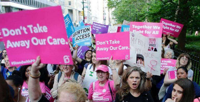 Conservative SCOTUS Surprisingly Sides With Planned Parenthood