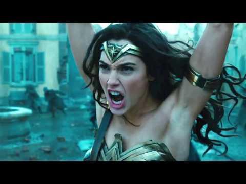 Wonder Woman Gets Criticized For Not Having Armpit Hair?!