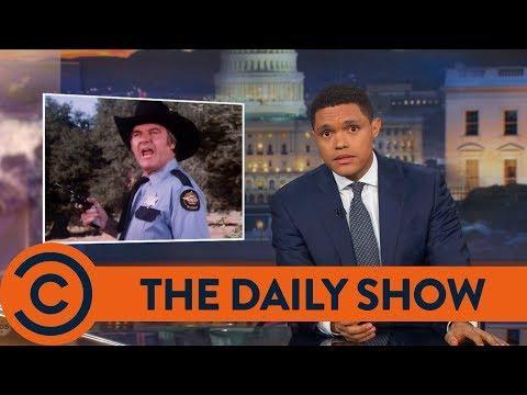 Trevor Noah: Trump Pardons Joe Arpaio